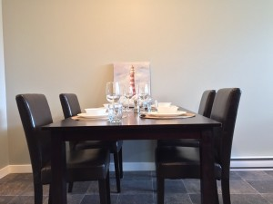 Crescent View Dinning Room Table