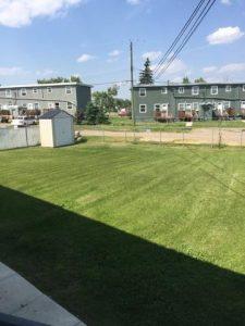 Parkview 1708 backyard (2)